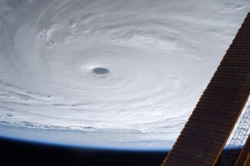 8-7-2015-Typhoon-in-Taiwan